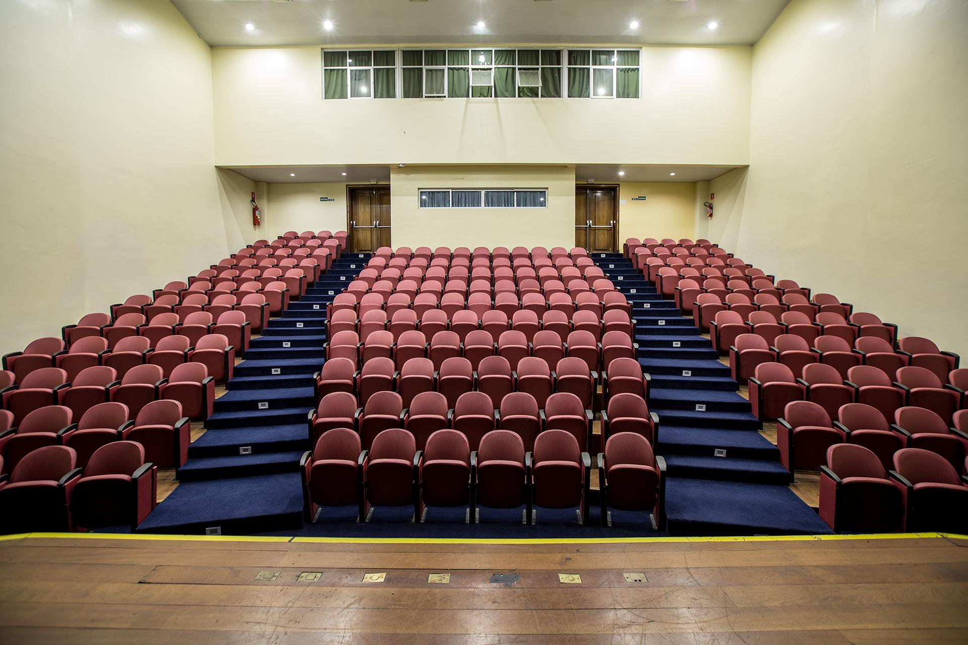Anfiteatro-Visão-Palco-Público-1